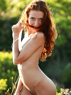 avErotica  Kesy  Outdoor, Solo, Striptease, Teens, Amateur, Red Heads, Curly, Petite, Erotic